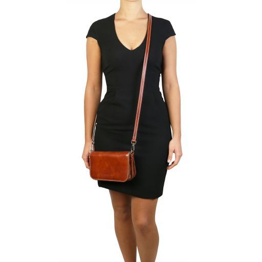 Carmen Leather shoulder bag with flap Honey TL141713