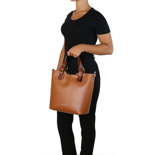 TL Bag Bolso shopping en piel Saffiano Caramelo TL141696