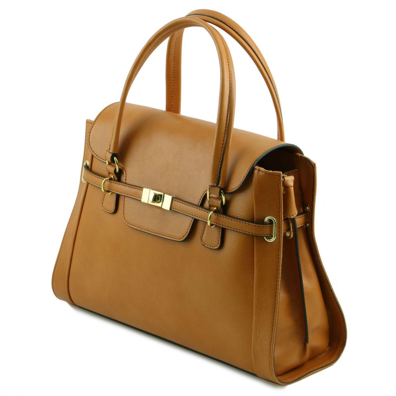 Tuscany Leather TL NeoClassic Sac à main en cuir avec fermoir twist Rouge Meilleure Vente À Vendre À Vendre En France À Vendre Style De Mode Rabais ebkdSV1BJ